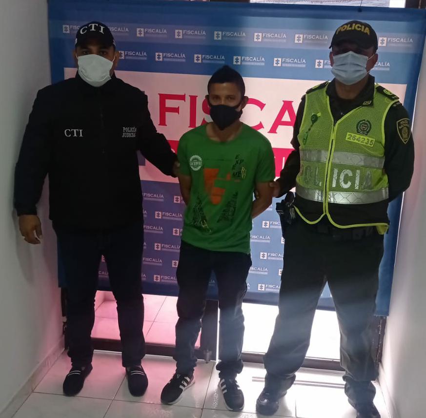 https://www.notasrosas.com/Por Violencia Intrafamiliar, es detenido un ciudadano en Distracción - La Guajira