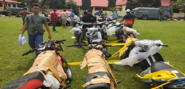 3 Kontainer Motor Bodong Dari Jawa Dijual ke Merauke, Diduga Hasil Curian
