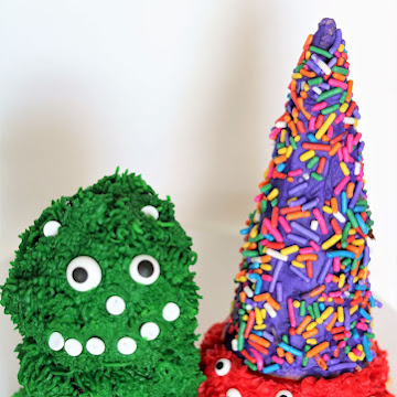 Easy To Make Monster Cakes for Halloween