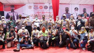 Polda Sumbar Gelar Gebyar 3.000 Vaksinasi Massal di Dermaga Singkarak Solok