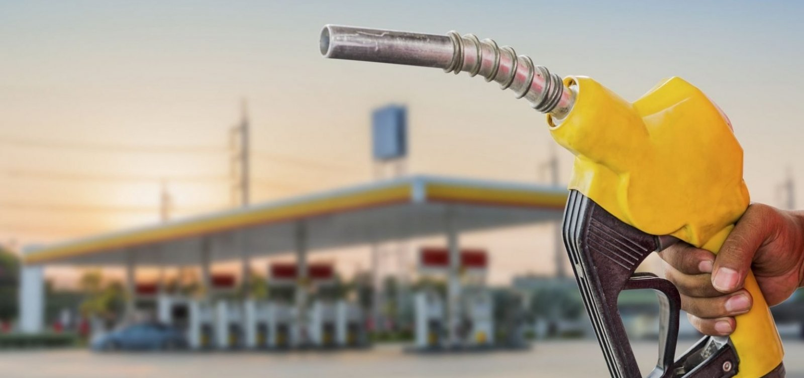 Petrobras anuncia aumento no valor de repasse da gasolina e gás de cozinha