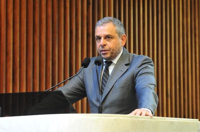 Ricardo Arruda protocola projeto contra o passaporte sanitário no Paraná