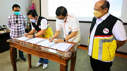 Pelni - Pos Indonesia Jalin Kerja Sama 'Kirimanpos Laut'