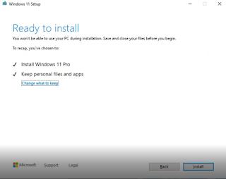 كما ترى في الصورة التالية ، تعرف النظام على الإصدار الذي تحاول تثبيته Windows 11 Pro ، وقام النظام بتخطي جميع المشاكل التي انت تواجهنا عند التثبيت في البداية