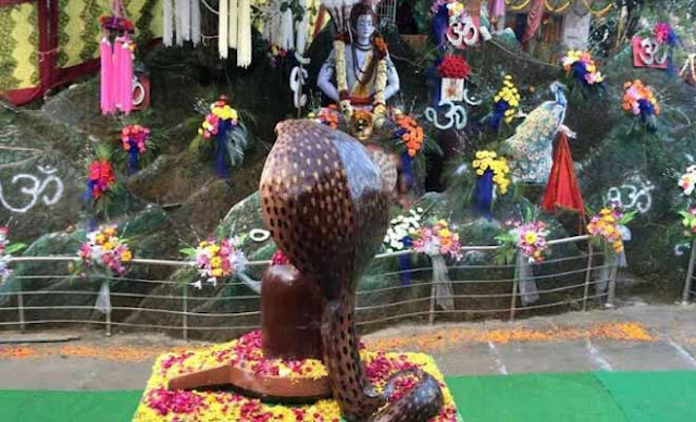 हिमाचल के एक ऐसे चमत्कारिक मन्दिर जहाँ देश-प्रदेश से आते है श्रद्धालु
