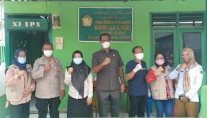Komisaris Daerah Alkhairaat Kota Bitung Monitoring Gelaran Vaksinasi di Sekolah