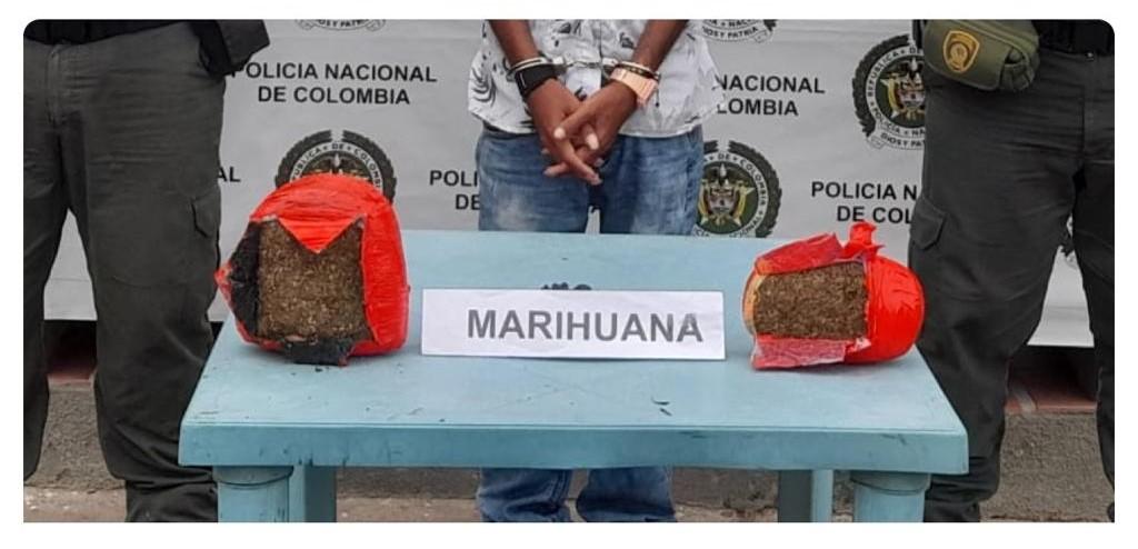 https://www.notasrosas.com/Mil 500 gramos de marihuana, fueron decomisados por la Policía Nacional, en  Maicao