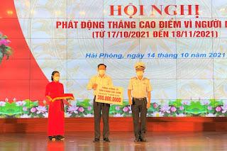 """Tổng Công ty Tân cảng Sài Gòn ủng hộ 300 triệu đồng cho Quỹ """"Vì người nghèo"""" của Thành phố Hải Phòng"""