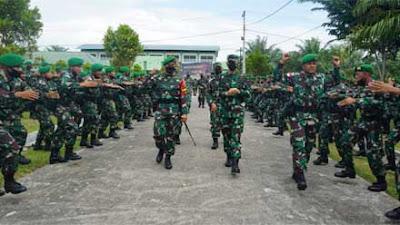 Asops Panglima TNI Cek Kesiapan Satgas Pamtas RI-PNG Yonif 126/K