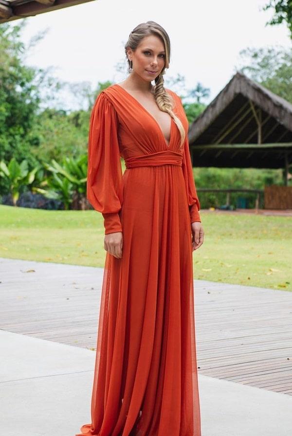 vestido longo terracota com manga longa removível