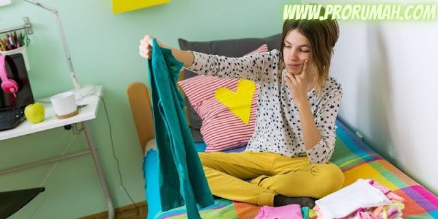 tips menata dekorasi kamar - utamakan barang-barang yang sering digunakan