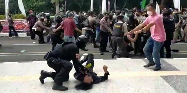 Mahasiswa di Smack Down Polisi, Korban: Iya Dimaafin, Tapi Bukan Berarti Dilupain