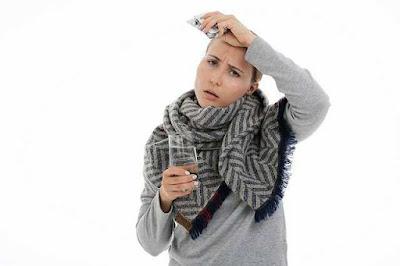 هل الحمى الداخلية من أعراض كورونا؟ وما هي اسبابها؟