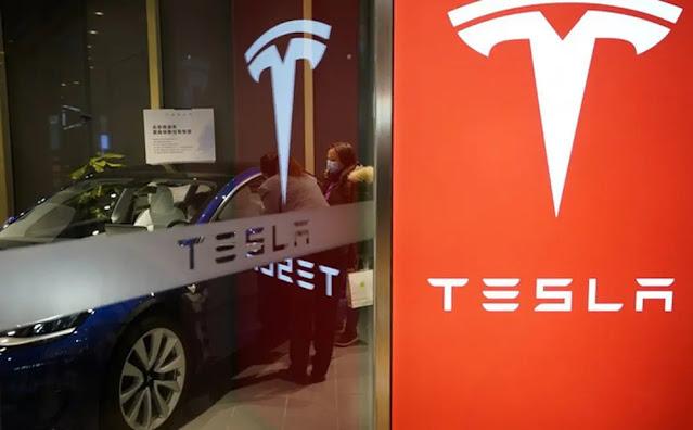 Tesla sues customers for being defamed on social media