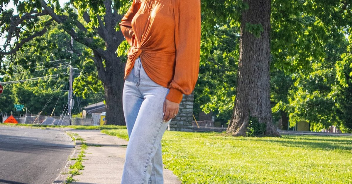 Sophisticated Trendy Clothing for Women can Help You Look a Sophisticated Lady!