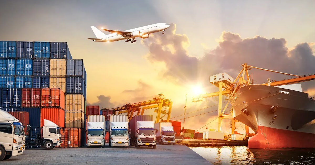 Effectively Navigating the World of Freight Forwarding: Principles