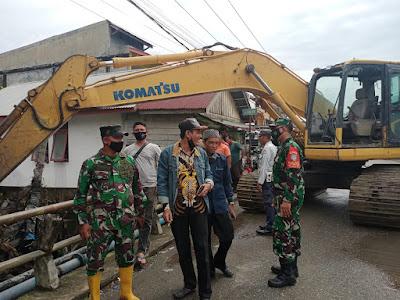 Muspika Johan Pahlawan Kerahkan Alat Berat Atasi Banjir Di Aceh Barat