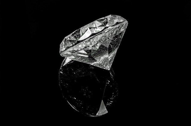 """""""Lágrimas dos deuses"""" Arquétipo do Diamante - Riqueza, Resistência e União no Amor"""