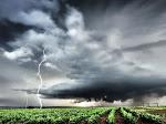 Waspada! BMKG Keluarkan Peringatan Dini Badai La Nina