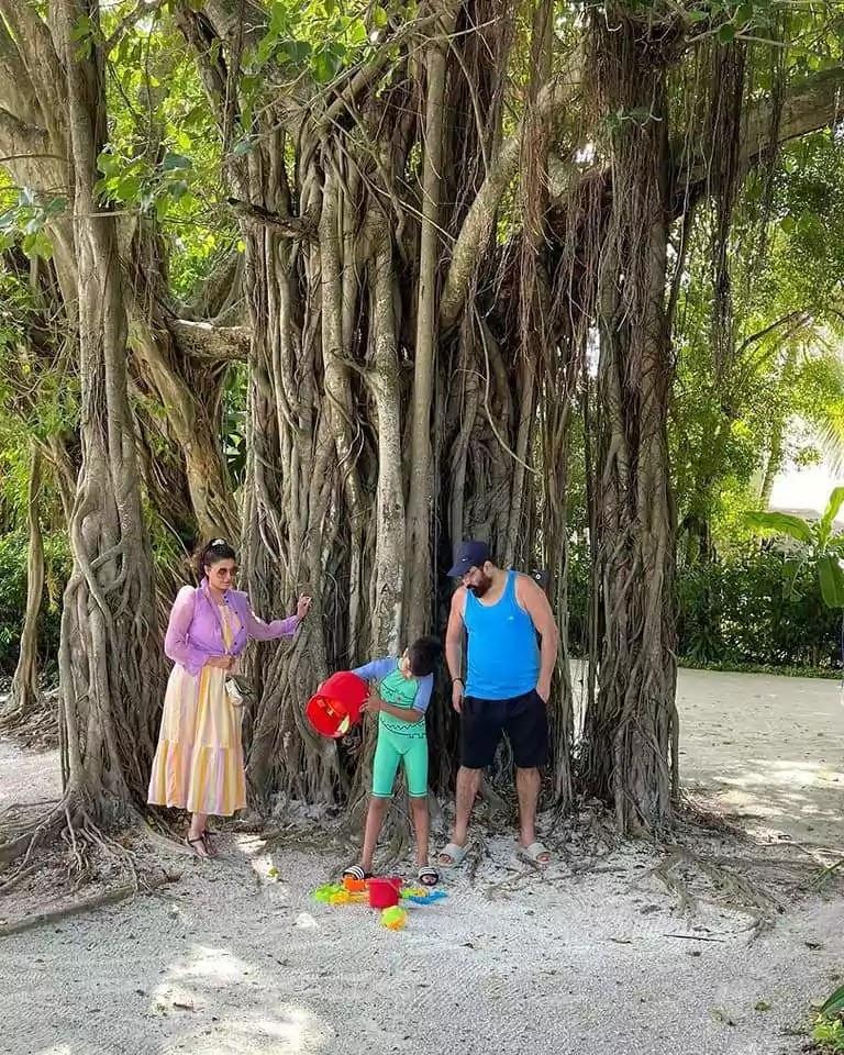 Adorable Pictures of Nida Yasir On Vacations With Her Husband Yasir Nawaz
