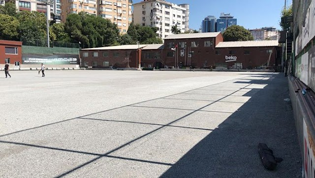 BJK Fulya Hakkı Yeten Tesisleri'nde Saha Yenileme Çalışmaları Başladı