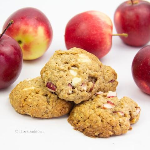 Apple White Chocolate Cookies