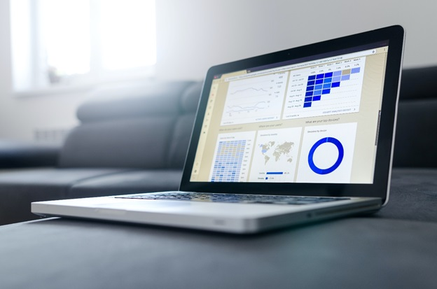 How to Develop Retail Analytics Software to Bring in New Customers