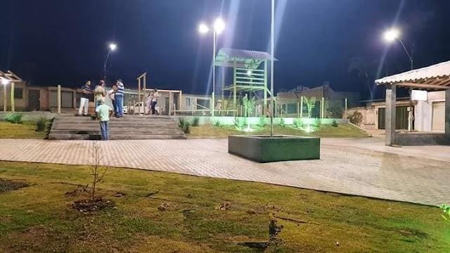 Prefeitura de Ibicoara entrega Praça  à população do distrito de Cascavel
