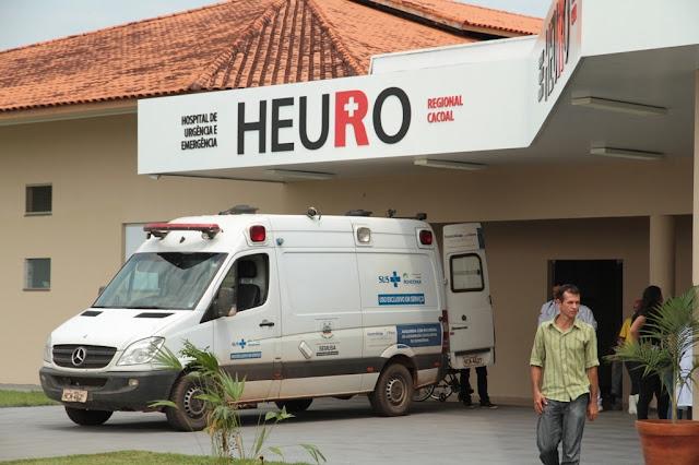 Homem é esfaqueado e morre a caminho do hospital em Cacoal