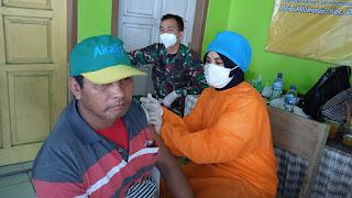 Keluarga Penerima Manfaat Program Bantuan Pemerintah di Mlokorejo Sudah Tervaksin