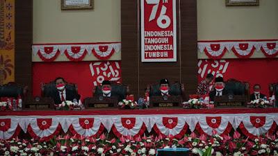Gubernur Olly Hadiri Rapat Paripurna DPRD Provinsi Sulut Dalam Rangka Mendengarkan Pidato Kenegaraan Presiden Jokowi