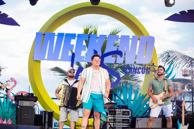"""O jovem cantor cearense Eric Land foi um dos nomes convidados para integrar o line-up de respeito do projeto """"Weekend WS Cancun"""", que encerrou sua primeira edição com Land, Bell Marques, Rafa Mesquita e EME DJ."""