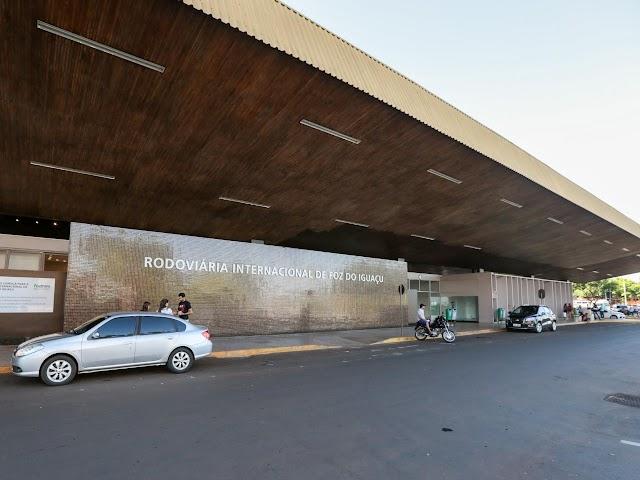 Aeroporto e rodoviária de Foz do Iguaçu já registram aumento de até 25% de passageiros