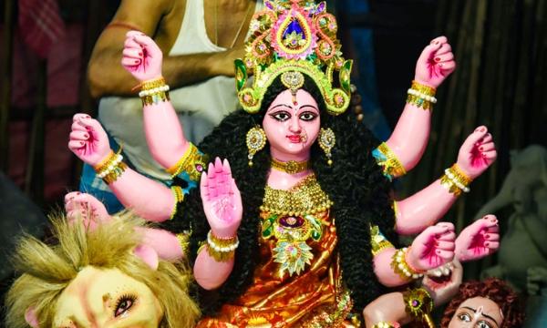 MAHA ASHTAMI : नवरात्रि की महाअष्टमी कब मनाई जाएगी? जानें शुभ मुहूर्त और हवन की विधि