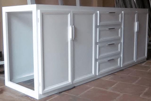 Tìm hiểu cấu tạo tủ nhôm kính ứng dụng và cách bày trí trong nhà