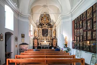 Ailleurs : Chapelle de la Bâtiaz, Notre Dame de Compassion, sanctuaire marial embelli en 2014 par les sept vitraux oeuvres du Père Kim En Joong - Martigny - Suisse