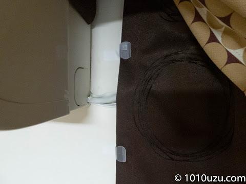 配線がある部分はカーテンクリップを使用