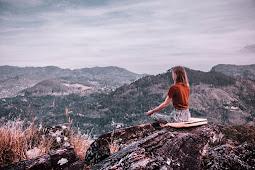 Cara Menenangkan Diri dari Perasaan Negatif