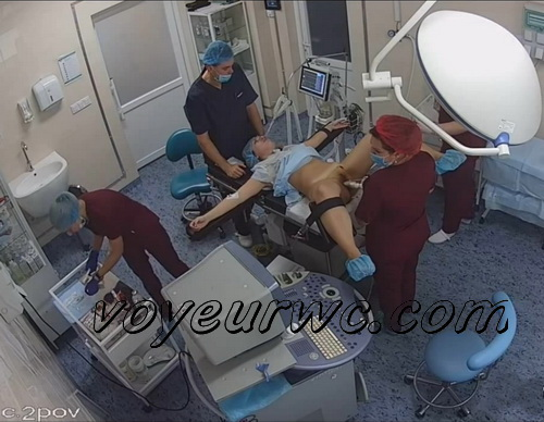 Hidden camera at the gynecologists films ladies with their legs open getting their pussies inspected (Hidden camera in gynecological cabinet 04)