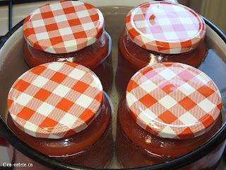 Suc de rosii la borcan reteta naturala de casa pentru iarna preparat fara sare zahar e-uri conservanti retete sucuri conserve,