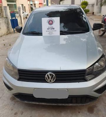 Polícia Militar recupera veículo com restrição de roubo/furto em Novo Horizonte