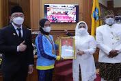 Tepat di HUT ke 495 Kabupaten Serang, Bupati Serang Beri Penghargaan untuk 4 Orang Atlet PON Berprestasi