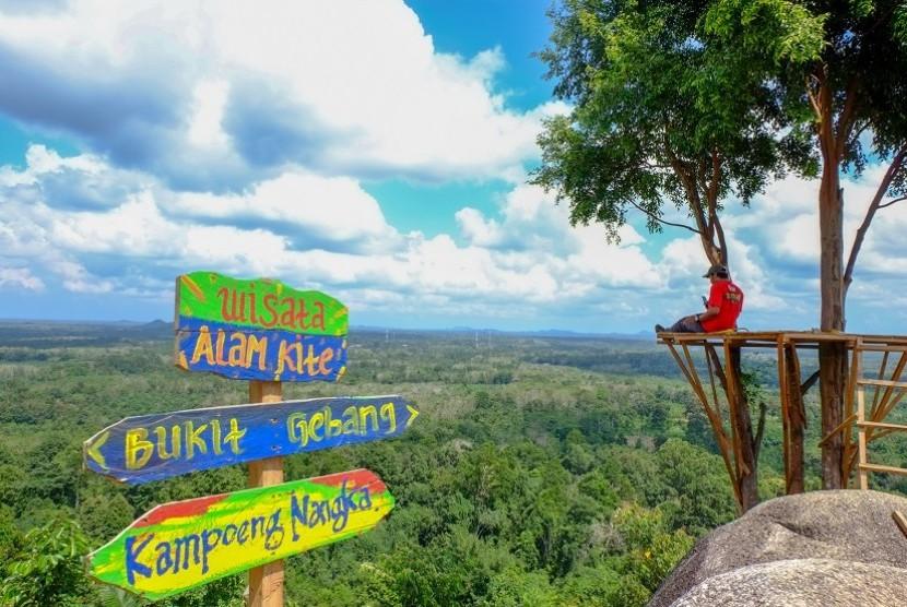 Bukit Gebang Menikmati Keindahan Bangka dari Ketinggian 400 Meter