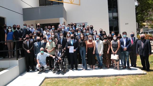 Aderson Feitosa parte na frente para registrar candidatura à presidência da OAB Crato