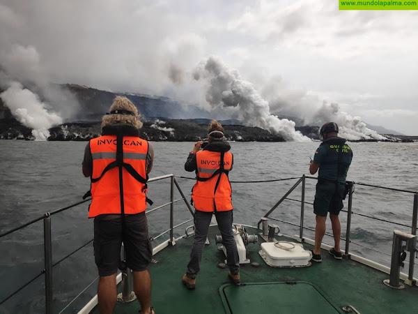 La colada se ha desgajado por el sur al final del recorrido, afectando a plataneras y alcanzado la fajana de la erupción de 1949