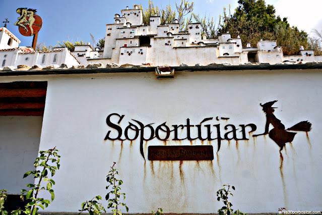 Soportújar el Pueblo Embrujado de Granada