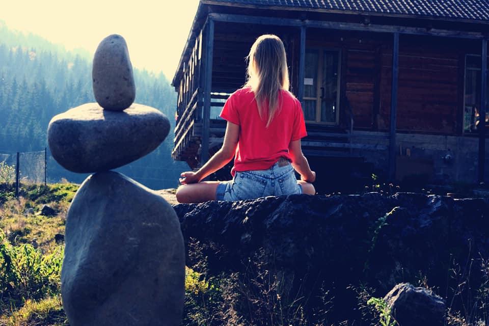 zen life, georgia, freedom, nomadic, yoga, meditation, food and accommodation, hospitality exchange