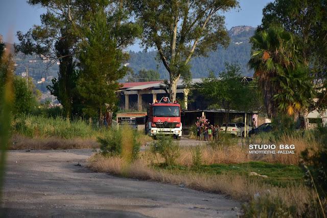 Φωτιά στο Ηραίο Αργολίδας σε καταυλισμό Ρομά