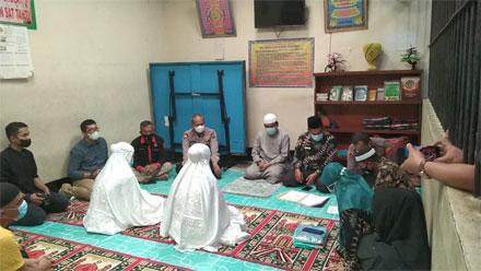 Dua Tahanan Wanita Polres Payakumbuh Jadi Mualaf