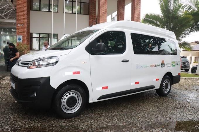 APAE de Balneário Piçarras recebe mais um veículo 0km